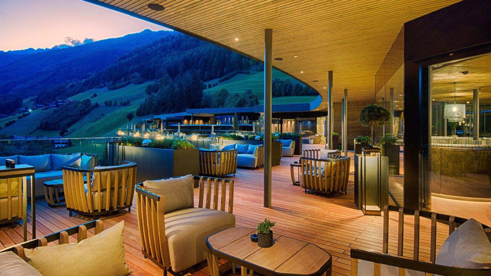 Design spa & wellness hotel in South Tyrol - AMONTI & LUNARIS