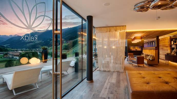 Hotel benessere con spa, piscine e saune in Alto Adige - AMONTI ...