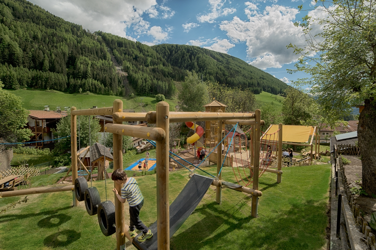 NEUER KIDS FUN PARK IM A&L WELLNESSRESORT IN SÜDTIROL